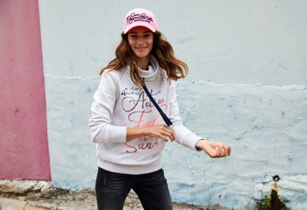 Damen Sweatshirt weiß Edition SOCCX
