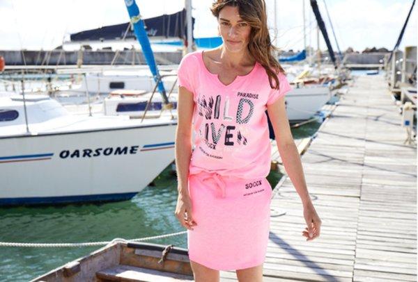 Damen T-Shirt 1st Edition Rulantica signal pink